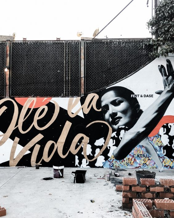 Fert Dase Ole la vida Mural Graffiti Street Art TV Masters Reforma Antena 3